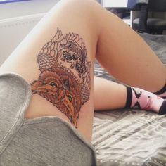 195 Top Rated Thigh Tattoos For Female - Wild Tattoo Art Sexy Tattoos, Girl Thigh Tattoos, Elegant Tattoos, Rose Tattoos, Flower Tattoos, Body Art Tattoos, Tattos, Thigh Tattoo Designs, Tattoo Designs For Women