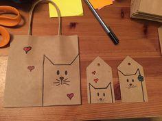 Christmas Bags, Christmas Gift Wrapping, Christmas Crafts, Creative Gift Wrapping, Creative Gifts, Craft Gifts, Diy Gifts, Gift Wraping, Ideias Diy