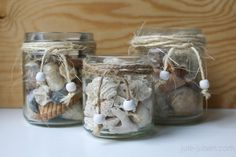 bathroom decoration: jars with sea shells