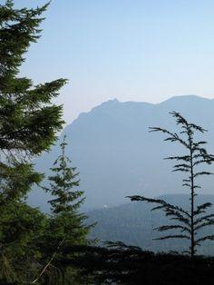 Hazy morning. Mount Si from Cedar Butte. Photo by Quantum Guru.