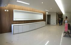 Clínica de exames laboratoriais: sala de atendimento e espera