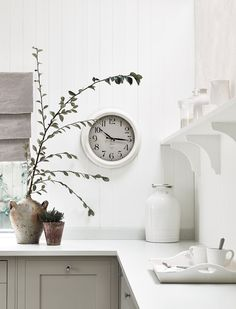 Neptune Suffolk kitchen with Harrison wall clock in Driftwood Kitchen Design Small, Interior Design Tips, Farmhouse Decor, Rustic Kitchen Design, Tongue And Groove Panelling, Rustic Kitchen Decor, Inspiration, Kitchen Wall Clocks, Kitchen Design