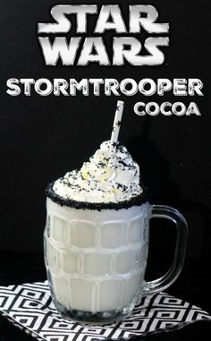 Star Wars Storm Trooper White Chocolate Cocoa – Saving Dollars & Sense This Star Wars Storm Trooper White Chocolate Cocoa recipe is a nice treat for Star Wars fans of all ages! Yummy Recipes, Cocoa Recipes, Dessert Recipes, Cooking Recipes, Yummy Food, Pasta Recipes, Tasty, Drink Recipes, Gastronomia