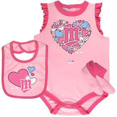Spring and baseball season are officially here! Dress your little one to the occasion with this Triple Play 3 Piece Set by Majestic Athletic!