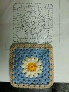 Easy to make crochet granny square pattern. Free crochet chart by Color'n creamColor 'n Cream Crochet and Dream: New Flower Squarecrochê passo a passo ( Crochet Bedspread Pattern, Crochet Motif Patterns, Crochet Blocks, Granny Square Crochet Pattern, Crochet Diagram, Crochet Chart, Crochet Squares, Crochet Designs, Granny Square Afghan