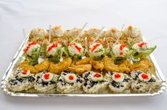 Platou light Catering, Sushi, Ethnic Recipes, Party, Food Ideas, Catering Business, Gastronomia, Parties, Sushi Rolls