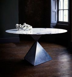 Our contemporary and elegant Ava Round Dining Table with Calacutta Oro marble top Round Dining Table Modern, Contemporary Dining Table, Metal Dining Table, Dining Table Design, Dining Tables, Dining Rooms, Small Dining, Table Bases, Contemporary Bedroom