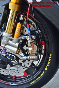 Brembo & öhlins, beautiful equipment.