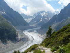 Exploreaza imprejurimile masivului Mont Blanc 3 tari in 7 zile : Franta- Italia – Elvetia http://bit.ly/2pcwmeJ #MontBlanc #vacanta #travel