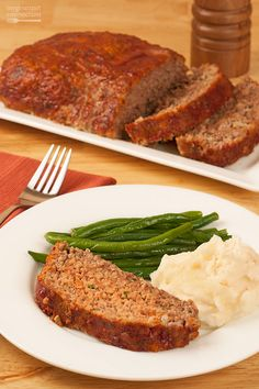 Always, moist and flavorful, our classic meatloaf recipe uses a combination of ground beef and pork along with basic flavorings like onion, celery and fresh parsley to enhance the natural flavor of the meat.