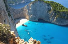 Zakynthos vakantie met de bezienswaardigheden, fraaie stranden, tips van locals en foto-album van het eiland. Ontdek Laganas op Zakinthos in Griekenland. The Good Place, Foto Album, Nice, Amazing, Water, Places, Outdoor Decor, Water Water, Aqua