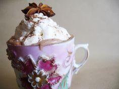 Hazelnut chocolate cream with a few drops of Baileys... Heaven!