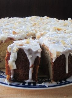 This is a generous sized cake filled with tangy pieces of feijoa and tropical co. - This is a generous sized cake filled with tangy pieces of feijoa and tropical coconut. Sugar Free Recipes, Baking Recipes, Cake Recipes, Dessert Recipes, Guava Recipes, Baking Ideas, New Recipes, Sweet Recipes, Recipies