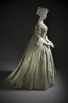 robe a la Francaise 1725 Europe Silk plain weave (shot taffeta) Center back robe length: 60 1/4 in. - LACMA accession # (M.2007.211.927a-b)