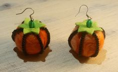 Dýňové náušnice | Rodina21 #nausnice #sperky #podzim #halloween Christmas Ornaments, Halloween, Holiday Decor, Earrings, Jewelry, Home Decor, Ear Rings, Stud Earrings, Jewlery