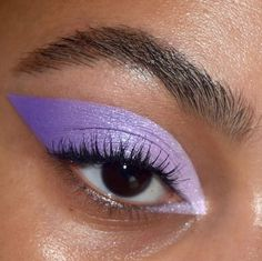 ideas of make-up aesthetics to try out * Page 4 of 11 – Aesthetic make-up … – makeup products Makeup Eye Looks, Cute Makeup, Pretty Makeup, Skin Makeup, Eyeshadow Makeup, Beauty Makeup, Crazy Makeup, Simple Makeup, Revlon Eyeshadow