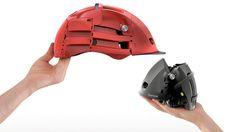 チャリ好きに朗報! 折り畳んでコンパクトになるヘルメット