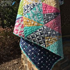 Jaybird Quilts Stereo Quilt, made with the Super Sidekick ruler. Available in local & online quilt shops. #JaybirdQuilts #SuperSidekickRuler #StereoQuilt Jaybird Quilts, Lap Quilts, Scrappy Quilts, Quilting Projects, Quilting Designs, Quilting Tips, Patchwork Fabric, Diamond Quilt, Free Motion Quilting