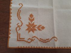 Drawn Thread, Hardanger Embroidery, Bargello, Pixel Art, Ravelry, Diy And Crafts, Projects To Try, Cross Stitch, Textiles