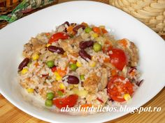 Salata mexicana cu pui si orez