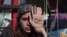 Jeux Savants - Alice Vanor #feteforaine #eye #kiss #girls #clip #music #weird #fille #bizarre #oeil