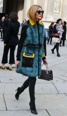 Olivia Palermo Street Style Paris Fashion Week Fur Coat Belt on Top Fur Fashion, Paris Fashion, Trendy Fashion, Street Fashion, Toronto Fashion Week, Fashion Week 2016, Fashion Weeks, Moda Do Momento, Paris Model