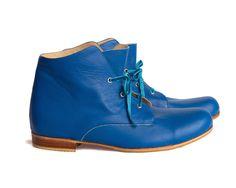 Envío gratis *** Botas Explorer Azul, botas de cuero. Botinetas de mujer. de QuieroJune en Etsy https://www.etsy.com/es/listing/236618359/envio-gratis-botas-explorer-azul-botas
