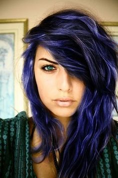 We've gathered our favorite ideas for 5 Midnight Blue Hair Color Ideas For A Unique Look, Explore our list of popular images of 5 Midnight Blue Hair Color Ideas For A Unique Look in blue hair color ideas. Love Hair, Great Hair, Amazing Hair, Awesome Hair Color, Dye My Hair, New Hair, Splat Hair Dye, Hairstyles Haircuts, Pretty Hairstyles