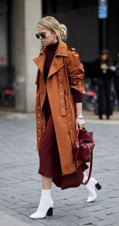 The Best Street Style At London Fashion Week – tania. The Best Street Style At London Fashion Week The Best Street Style At London Fashion Week ellemag Street Style Trends, Nyc Street Style, Autumn Street Style, Cool Street Fashion, Look Fashion, Trendy Fashion, Fashion Outfits, Fashion Trends, Street Styles