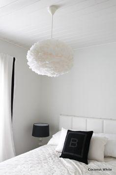 Höyhenen keveitä unia tiedossa - makuuhuoneen uusi valaisin   Coconut White