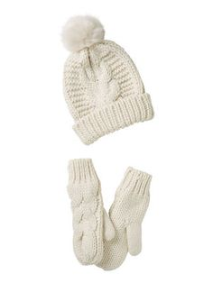 SET WITH MITTENS AND BEANIE, Snow White