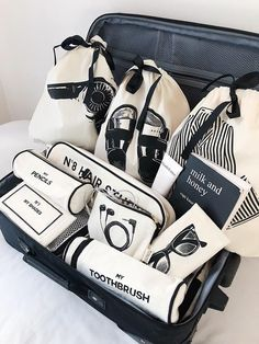 All organized? If not - we are there to help you pack like a pro! Travel Wardrobe, Cotton Bag, Cloth Bags, Garment Bags, Travel Accessories, Travel Bags, Purses And Bags, Gift Bags, Pouch