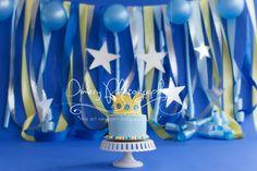 cake smash, cakesmash, blue cakesmash, boys cake smash, king themed cake smash, royal cake smash, cake smash with stars, stars and balloons, prince theme party  © Dimery Photography 2013