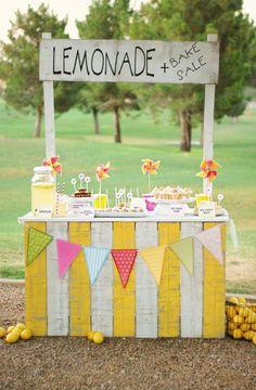 I loved having lemonade stands as a kid Cool Diy, Fun Diy, Easy Diy, Festa Party, Bake Sale, Summer Activities, Toddler Activities, Time Activities, Photography Props