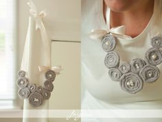 Love this rosette necklace!