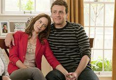Eternamente comprometidos (Dir. Nicholas Stoller) Jason Segel y Emily Blunt logran una comedia romántica divertida donde no existe el amor ideal ni incondicional.