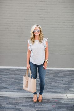 25 Look Good Casual Chic Spring Outfits for Women * remajacantik Elegant Summer Outfits, Summer Outfits For Moms, Casual Outfits For Moms, Spring Outfits, Cute Outfits, Matching Outfits, Summer Dresses, Casual Mom Style, Casual Chic
