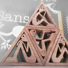 wood carving wripped drawn by myself cut with a snare saw hand-sanded height: 13 cm width: 6 cm thickness: 2 cm used wood: walnut and maple original drawing Sculpture Head, Ribbon Sculpture, Driftwood Projects, Driftwood Art, Intarsia Woodworking, Woodworking Projects, Wooden People, Scroll Saw Patterns Free, Wood Toys