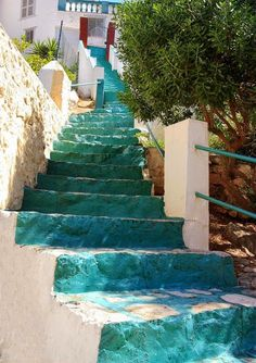Island of Hydra, Greece   Other small villages or hamlets on the island include Mandraki ...