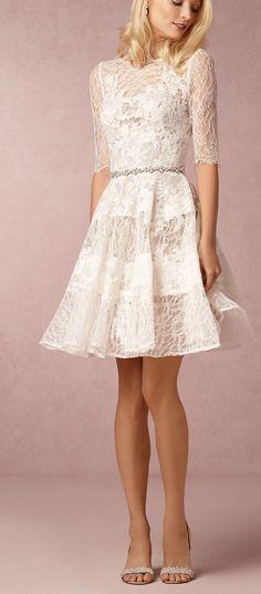 Vestido de Noiva curto e delicado!! Eu quero!! <3<3 #vestidodenoiva