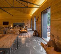 Haus U0026 Garten » Moderner Landhausstil Prägt Die Einrichtung Und Fassade Vom  Haus Mororo #einrichtung