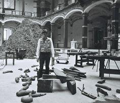 Joseph Beuys installing his work Hirschdenkmäler at the Martin-Gropius-Bau (Berlin) for the 1982 exhibition Zeitgeist