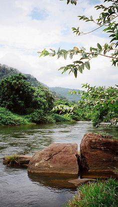 River Kelaniya, Kitulgala, Sri Lanka (www.secretlanka.com)