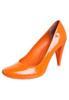 [ orange scarpin ]