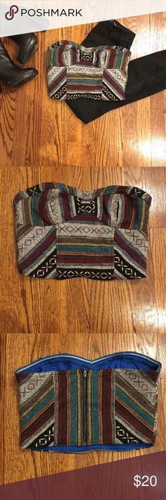 Urban Outfitters Boho Crop Top Aztec Print. Zipper back. Size 2. Perfect with high waisted black jeans or shorts. EUC. Urban Outfitters Tops Crop Tops