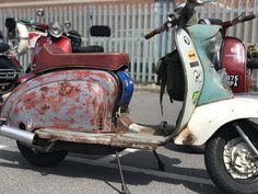 The Bulldog Run is a scooter rideout which attracts hundreds of riders to the rescue centre every year. Retro Scooter, Lambretta Scooter, Vespa Scooters, Bulldog Rescue, John Boy, Ride Out, Vintage Motorcycles, Rat Rods, Rock Climbing