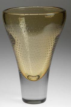"design-is-fine: "" Gunnel Nyman, Vase, Internal decoration of air bubbles."