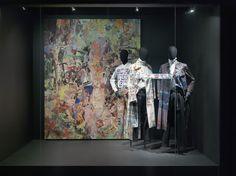 MARBLE MEN theme - Dries Van Noten Inspirations @ MoMu Fashion Museum Antwerp / (c) Koen de Waal