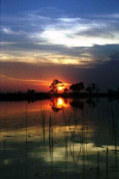 #Sunrise - #Botswana - Okavonga Delta. BelAfrique your personal travel planner - www.BelAfrique.com