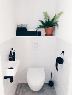 Is your home in need of a bathroom remodel? Give your bathroom design a boost with a little planning and our inspirational bathroom remodel ideas Small Toilet Room, Guest Toilet, Downstairs Toilet, Toilet Room Decor, Toilet Wall, Bad Inspiration, Bathroom Inspiration, Wc Decoration, Vintage Bathroom Decor